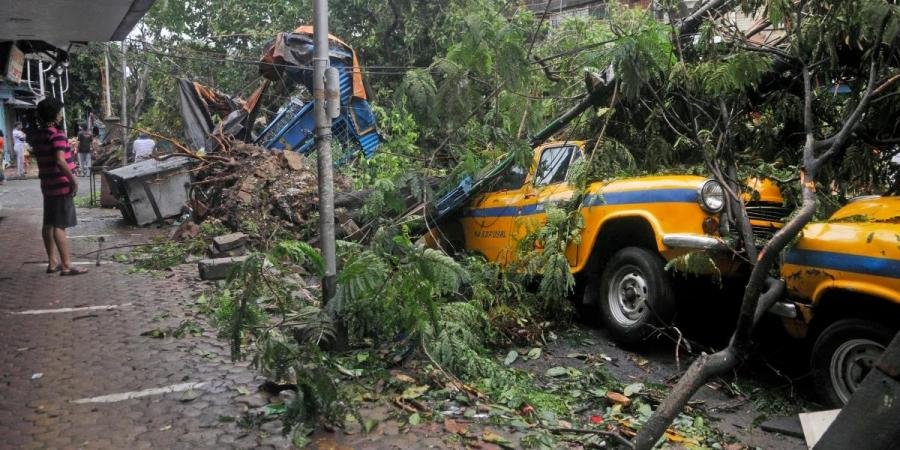 Aftermath of Amphan cyclone on Bengal and the Mamata government