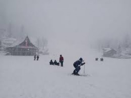 Kullu covers with a fresh spell of snow