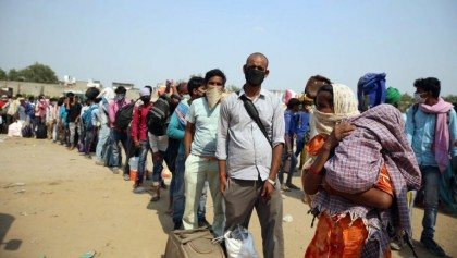 Chaotic return journey takes toll on migrants